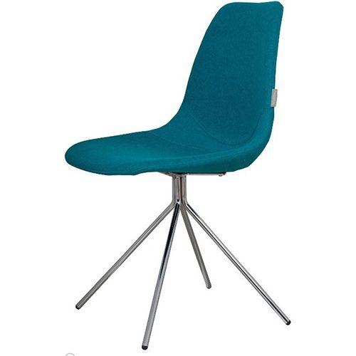 Zuiver stoel Fourteen blauw met een stoer spider frame. Zen Lifestyle is gevestigd in Wijchen bij Nijmegen en heeft showroom van 10.000 m². Natuurlijk vind je in onze winkel onze eigen producten, zoals ons aanbod vintage en retro banken, onze topsellers, zoals het vintage tv-dressoir Stan. Maar ook hebben wij de mooie collectie van Zuiver en Duchtbone en vind je er nog veel meer topmerken, zoals Be Pure, JouwMeubel, UrbanSofa, Fatboy, Makkii, Woood etc.