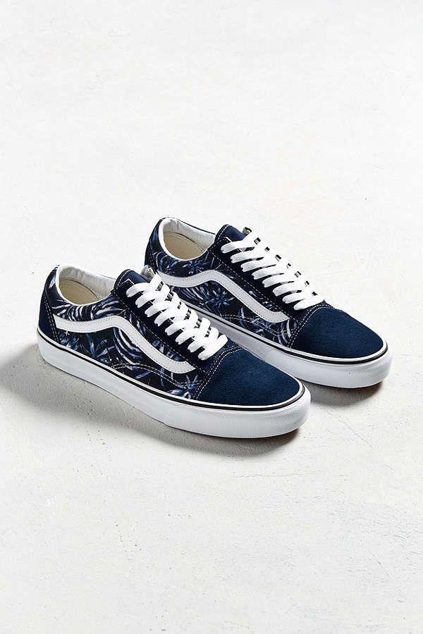 Slide View: 2: Vans Old Skool Blue Palms Sneaker
