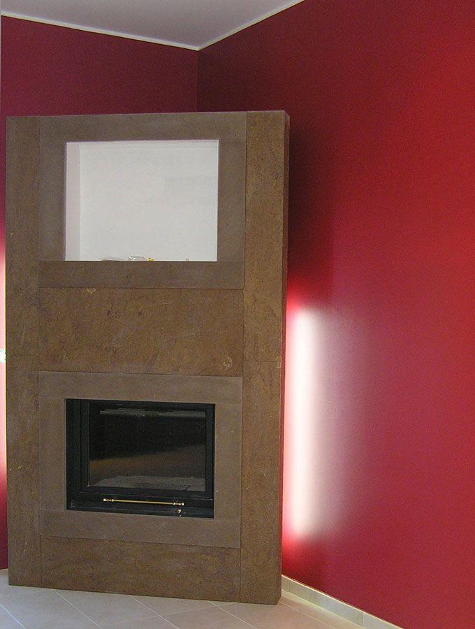 #Atmosfera #relax #fuoco #camino #caminetto #legna #legno #light #calore #winter #stile #inverno #soggiorno #salone #interior #design #Living #caldo #cenere #focolare #cold #acceso #fiamma #mdf #rosso #red