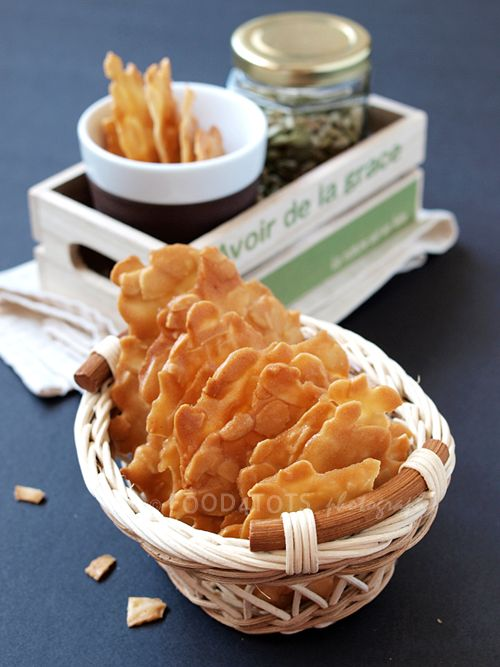 almond crisps, crisps, tuile, almond, nut, tree nut, allergy, baking, toddler