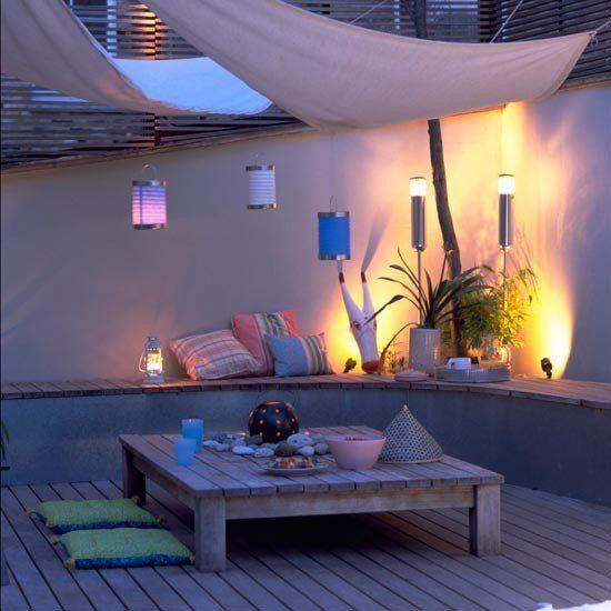 Sonnensegel Terrasse Laternen Holztisch Sichtschutz Oben Sonnensegel Den  Balkon Oder Die Terrasse Im Sommer Zu Dekorieren