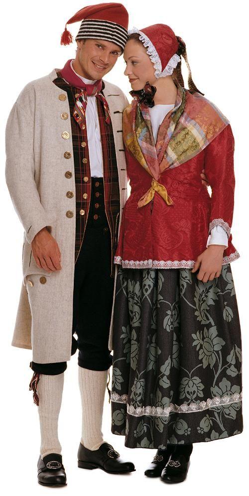 1700 - talls manns- og kvinnebunad fra Gudbrandsdalen