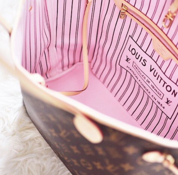 Louis Vuitton   Neverfull MM with Rose Ballerine lining
