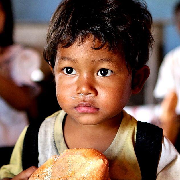 Just so innocent #VietnamSchoolTours #kid #bread