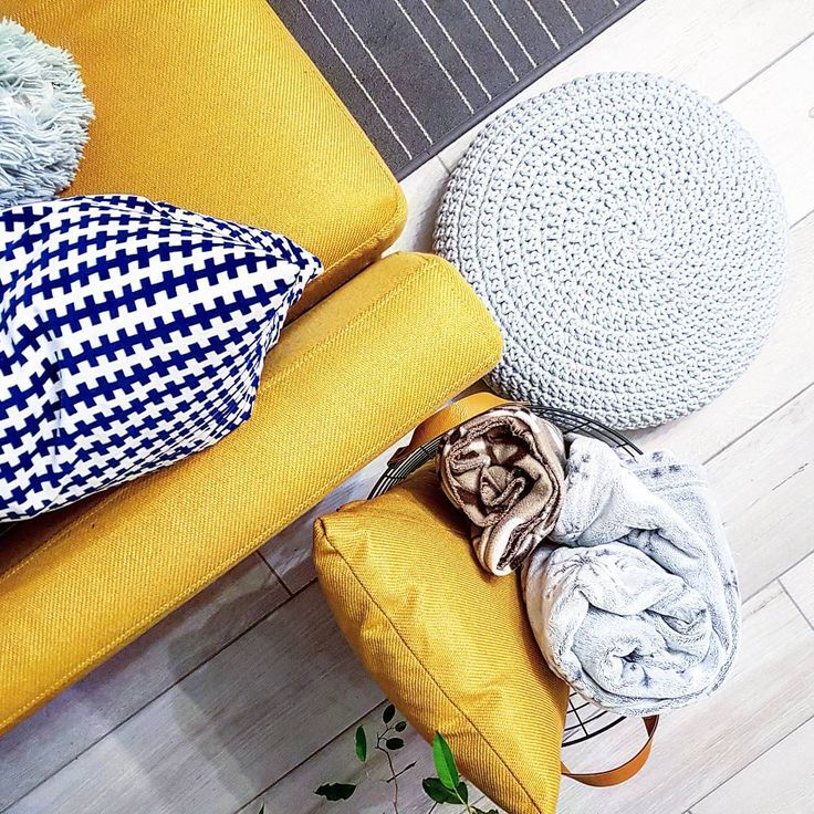 New handmade in the house: pouf 👆  .  .  .  .  #handmade #pouf #pufa #szydełko #crochet #crochetpouf #polskierekodzielo  #sznurekbawełniany #sznurek #sznur #interiordesign #interior #scandinaviandesign #scandinavian #scandihome #salon #kanapa #hygge #pufanaszydelku #hyggehome #crochet_lovers_world