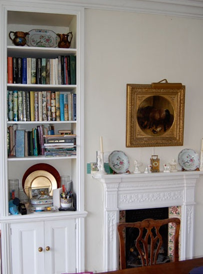 Victorian Style Alcove Cupboard With Beading Along The Shelves As Well Calcove