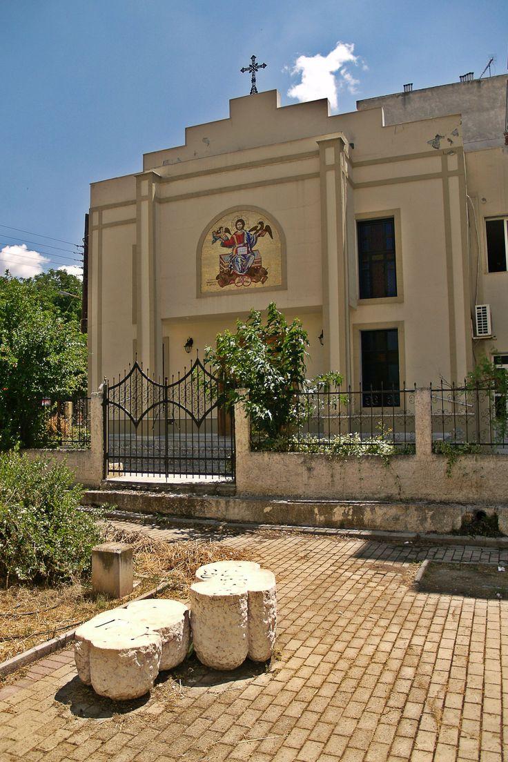 The catholic chapel of Saint Vincent de Paul. (Walking Thessaloniki - Route 19, Terpsithea)