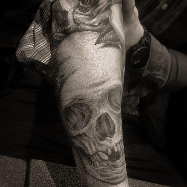 Skull Tattoo by Jimmy Momento at LDF Tattoo Newtown, Sydney, NSW.  #tattoo #sydneytattoo #ldftattoo #skulltattoo