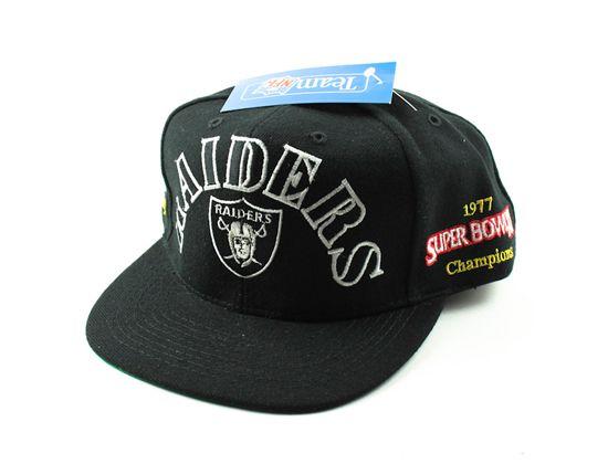 "f2f174a6215 ANNCO x NFL ""LA Raiders"" Crest Snapback Cap"