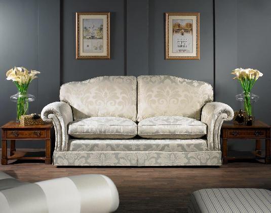 THE FLATWEAVE #upholstery #tapiceria #tapisseria #fabrics #tejidos #teixits #ross #rossfabrics #ontariofabrics #classic #sofa #retapizar #retapissar