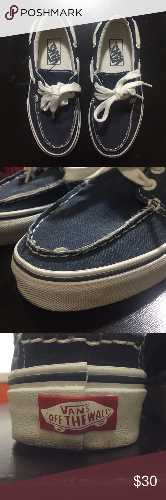 Navy Blue Vans Zapato Del Barco Worn once! 9.5/10 condition. Size 3.5 in men. Size 5 in women.    💟 VERY OPEN TO OFFERS 💟 BUT PLEASE NO LOWBALLING 💟 NOT OPEN TO TRADES Vans Shoes Sneakers