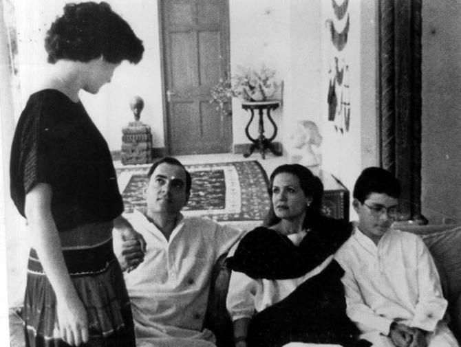 essay on sonia gandhi Sonia gandhi is an indian politician of italian decent, who rose through the ranks  to become the party president in 1999, and has held the position since.