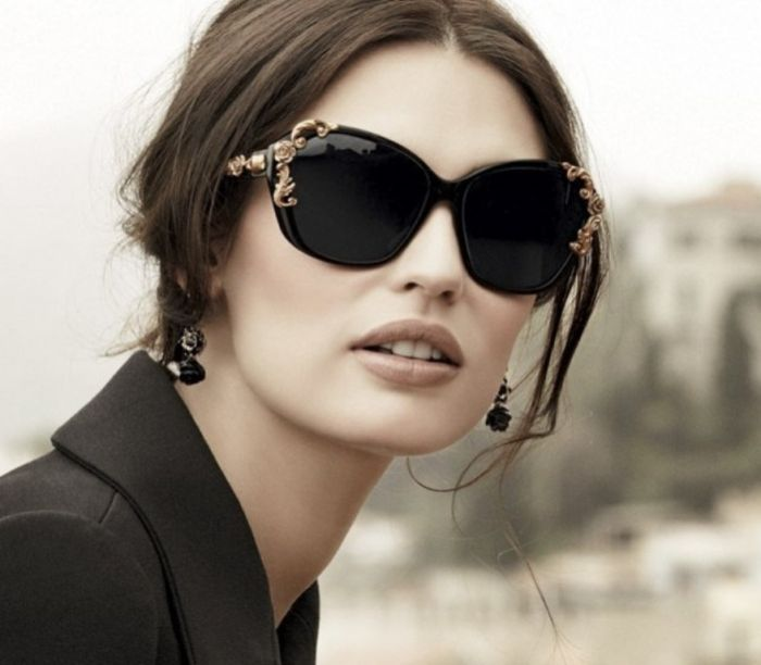 Top 10 Eyewear Trends in 2015 ... Women-Sunglasses-Trend-2014-6 └▶ └▶ http://www.topteny.com/top-10-eyewear-trends-in-2015/