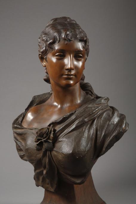 Buste of a woman in terra cota signed Friedrich Goldscheider