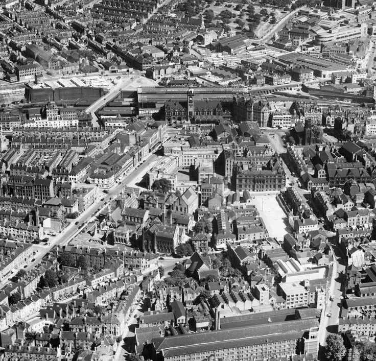 Victoria Station Shakespeare Street and Trinity Square still has the church 1950s