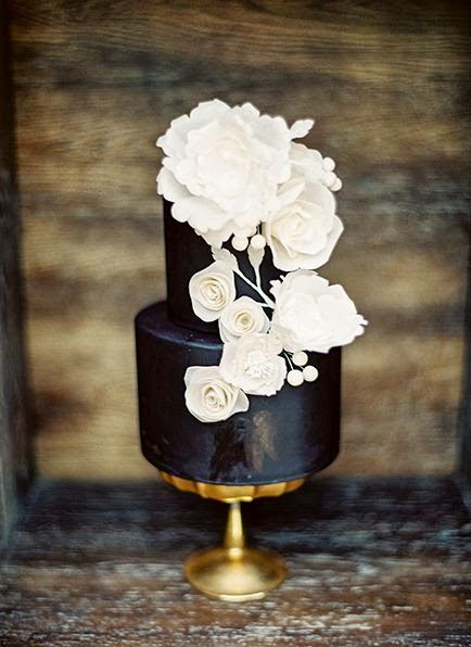 small black cake-- almost looks navy in this pic