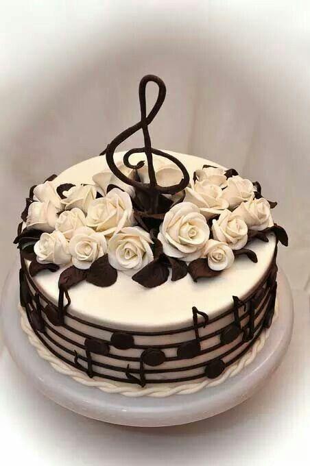Dort marcipánový * narozeninový - hudební, zdobený čokoládovými notami a fondánovými růžemi ♥♥♥