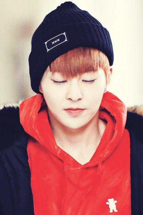  EXO  Xiumin (Kim Minseok) #Baozi