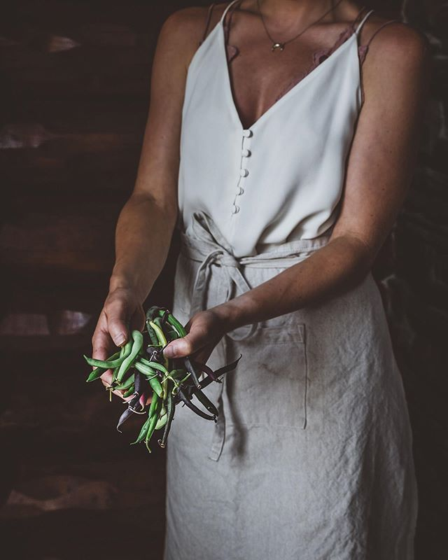 Lilac Honey Infusion Recipe Flower Essences Dark Food Photography Beautiful Food Photography