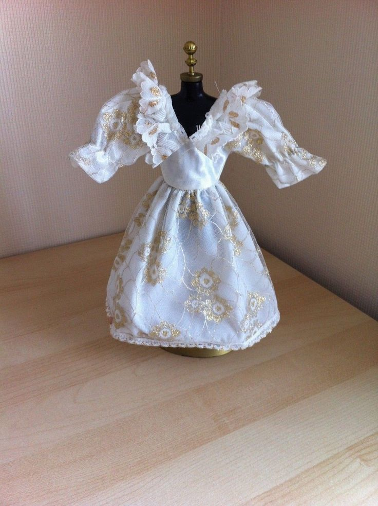 Vintage Faerie Glen White/Gold Evening Dress - Fits Barbie/Sindy/Tressy - VGC | eBay