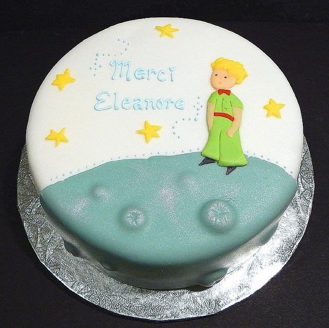 Note to everybody: boy baby shower cake. En Francais.