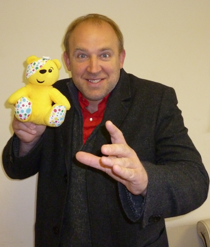 Comedian Tim Vine emphatically supports the Paul Strank Roofing Photothon with Pudsey. #pudsey #cin #pudseyphotothon