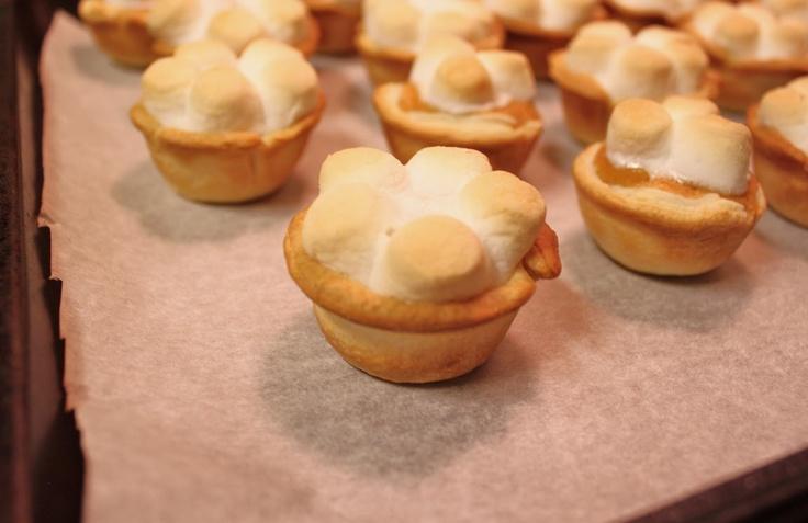 ADORABLE mini sweet potatoe pies