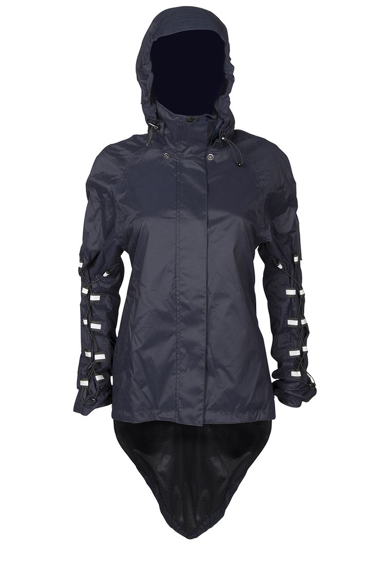 The Dublette is Georgia in Dublin's waterproof expandable, elegant rain jacket. Ideal for wearing about town, cycling, horse-riding and hiking.