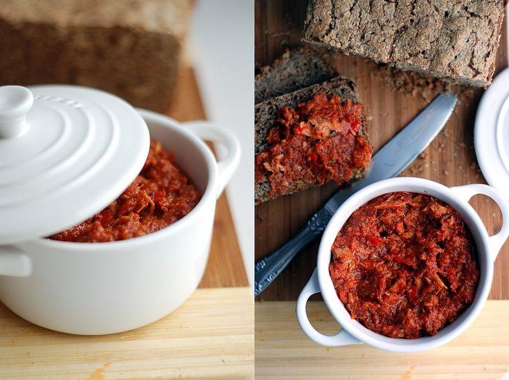 Trufla: Tuńczyk w pomidorach.