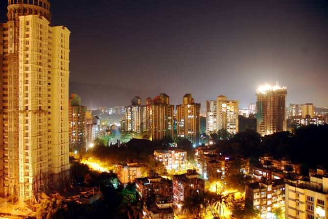 GB Road Thane (W) at night ...the city that never sleeps