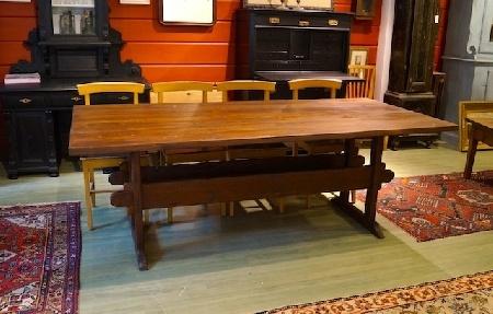 Pirtinpöytä