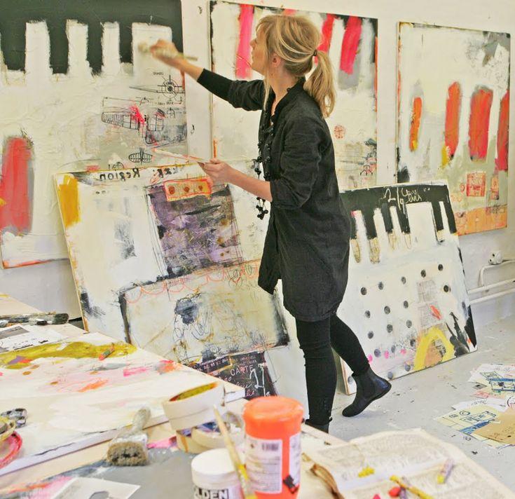 Danish artist Line Juhl Hansen in studioHansen Danishes Artists, Artists Studios, Wall Spaces, Juhl Hansen, Studios Spaces, Art Studios, Painting Art, Texture Shape, Artists At Work