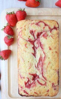 イチゴが旬の時期はもちろん、イチゴジャムを使っても作れる可愛らしいケーキ。