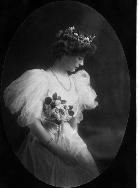 Ethel 'Ettie' Fane (27.6.1867|28.5.1952) daughter of Julian Fane, granddaughter of John Fane, 11th Earl of Westmorland; married William Lord Desborough in 1887. They had 5 children, her 3 sons were all killed between 1915/1926, 2 during WWI & Ivo as a result of a car accident. They lived at Taplow Court, hosting many house parties. Ettie was involved in countless affairs with younger men, Margot Asquith said of her, 'She tells enough white lies to ice a wedding cake'.