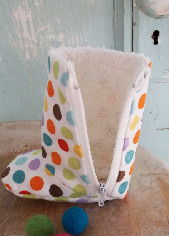 Baby Shoe Pattern - PDF  - Zipper Boots with Optional Leather Sole. $4.50, via Etsy.