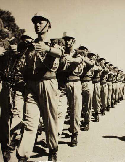 Legion etrangere les parachutistes de la legion etrangere en Algerie page 4
