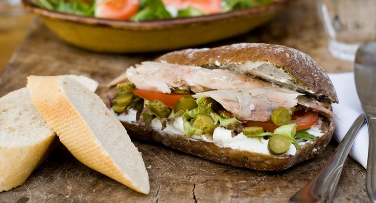 Recept: Broodjes makreel met geitenkaasspread  Recipe: Sandwiches mackerel with goat's cheese spread www.bettine.nl