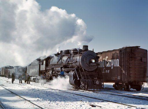 Santa Fe Freight. 1943.: Steam Locomotive, Fe Railroad, Yard, Freight Training, Marching 1943, Fe Freight, Jack O'Connel, Santa Fe, Photo