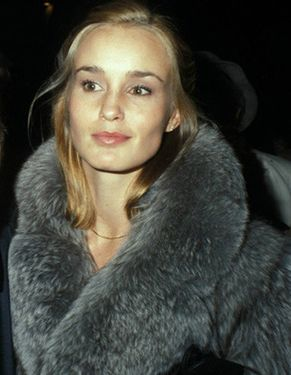 Jessica Lange, one of my idols. TRUE beauty (this was taken when Photoshop wasn't an option and wasn't needed anyway), class, intelligence... if I could be reincarnated as any woman, this would be who I'd pick.