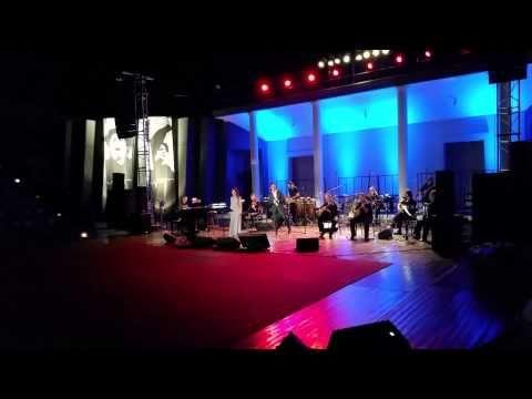 Alexia Vassiliou - O Kaimos with Marios Frangoulis & Betty Harlafti - YouTube