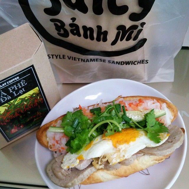 地元のテレビ番組でも取り上げられた「ジューシーバインミー」は東海地方初のベトナムサンドイッチのお店。いつも行列でにぎわっているお店なんだとか。ボリュームがありつつもヘルシーなサンドイッチは男女問わずに人気を博しているそうですよ。