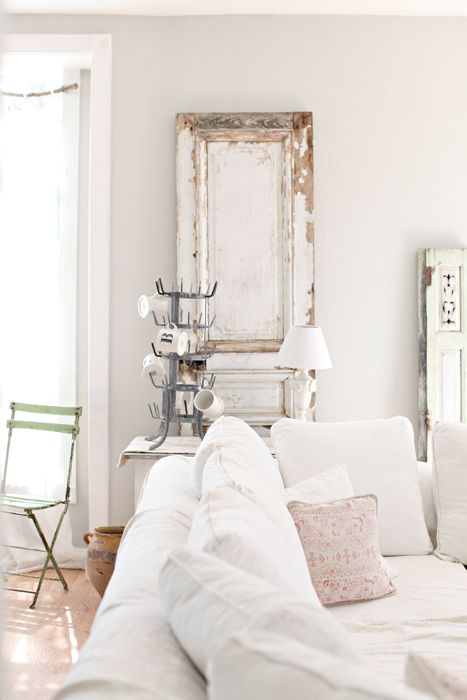 heartbeatoz: (via Dreamy Whites: Decorating for Fall with French Farmhouse Finds…Fall Projects for the Kids)