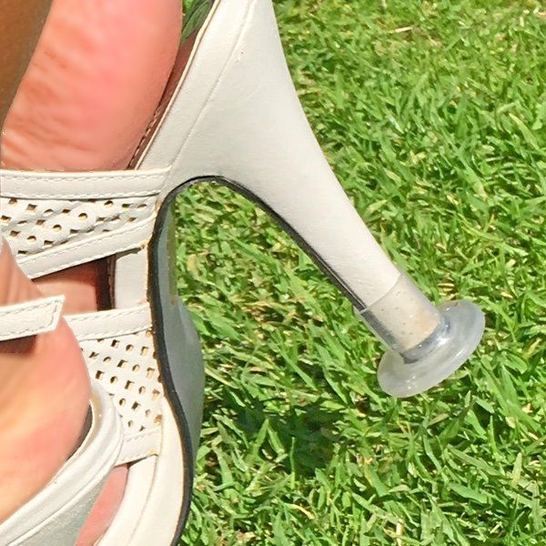 heel-protector-round-shaped-small-9-12-mm2 Closeup