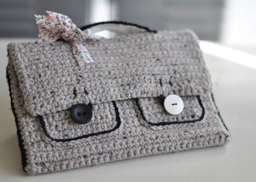 Cartable au crochet - www.julypouce.fr
