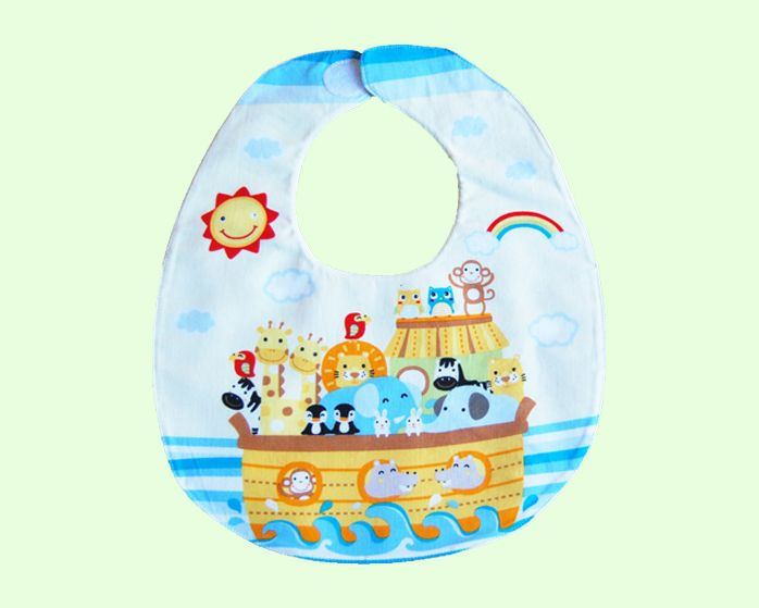 This beautiful Noah's Arc bib is the perfect complement to any outfit. This bib is very absorbent with three layers and was handmade with love in Australia.