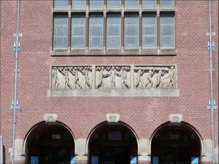 1066 - 12.08.2008 - Amsterdam - Hendrik Petrus Berlage, la Borsa di Amsterdam, 1895 (NL)