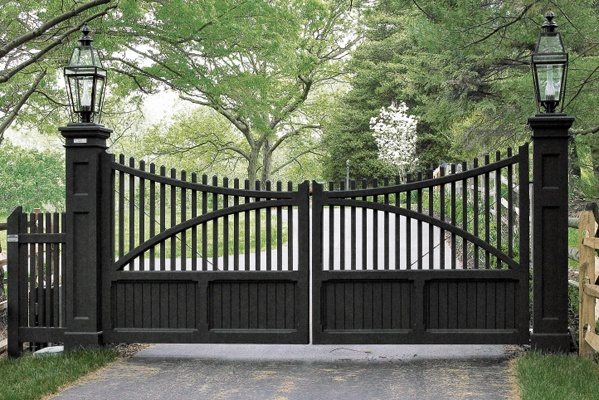 Entrance Gate 16' Handcrafted By Walpole Woodworkers