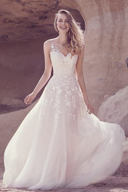 18041 Soft Tulle & Lace Dress