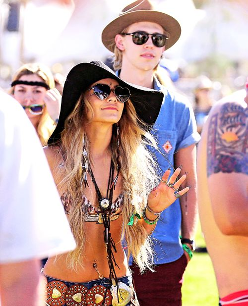 vanessa at coachella