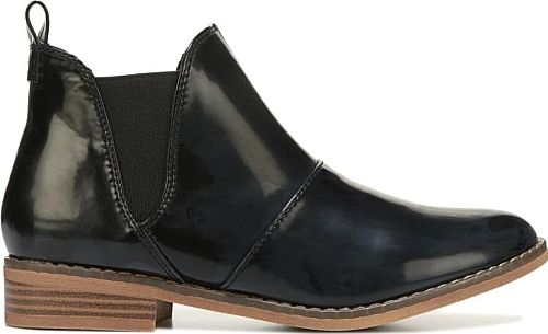 Rocket Dog Women's Shoes in Black Color. Change it up with the Maylon Chelsea Boot from Rocket Dog.
